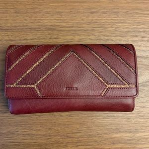Fossil Leather Wallet...New!